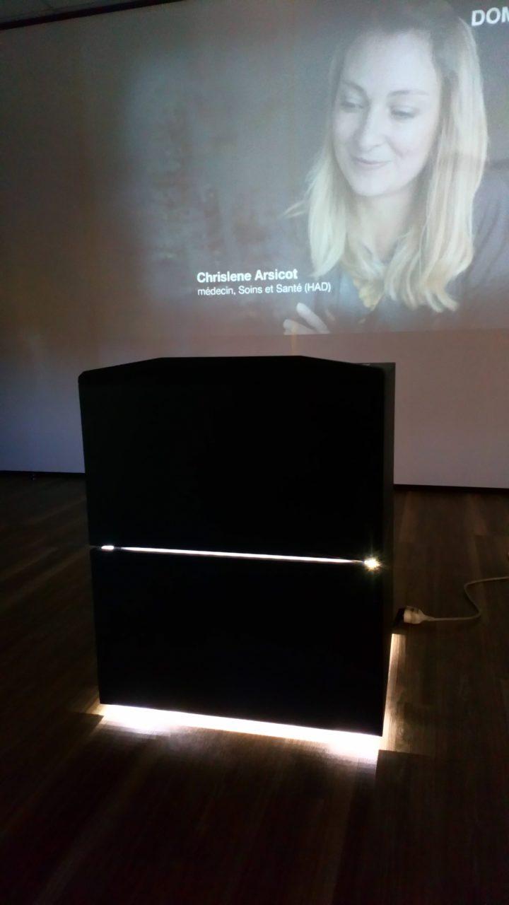 CAREsses de mots – Installation interactive